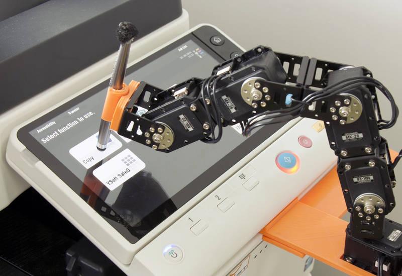 rsz_ysoft-3d-robot-inovacni-centrum-300dpi